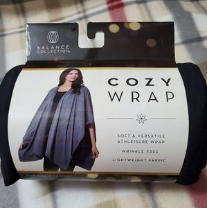 NEW Balance Collection cozy wrap